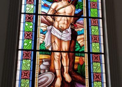 Vitral da Paróquia São Sebastião, de Tarumirim/MG - Projeto realizado pela Kingdom vitrais